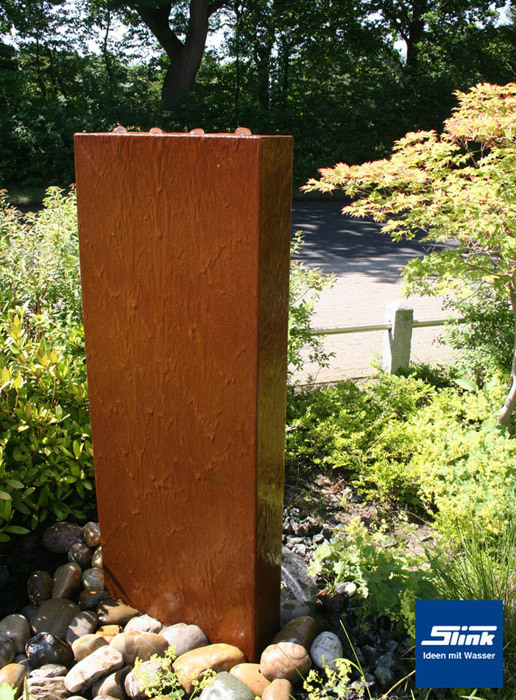 Gartenbrunnen Cortenstahl Stele Wasserspiel Und Sichtschutz In Einem
