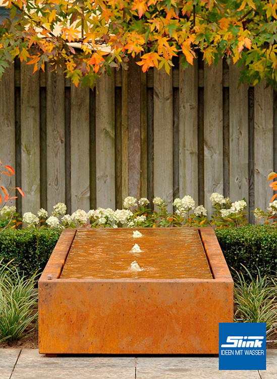 gartenbrunnen cortenstahl kubus tisch 4 400 online kaufen cortenstahl brunnen. Black Bedroom Furniture Sets. Home Design Ideas