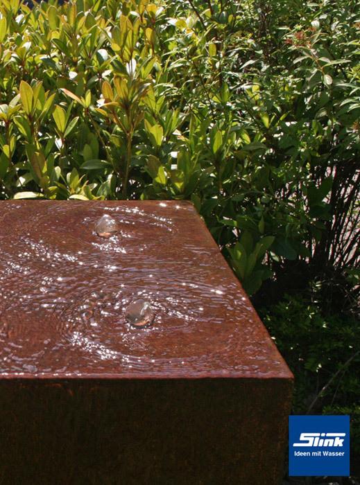 gartenbrunnen cortenstahl quader quattro kubistischer springbrunnen in modernem design. Black Bedroom Furniture Sets. Home Design Ideas
