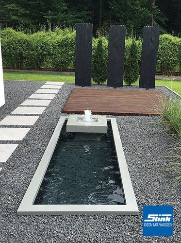Rechteckige teichbecken rechteckige wasserbecken aus gfk for Moderner gartenteich eckig